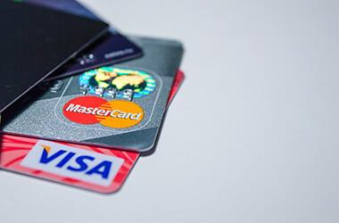 Bank card insurance: limitations abroad